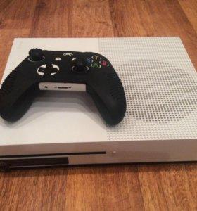 Xbox one s 500gb с FIFA 18