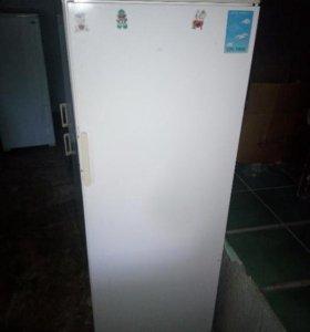 Холодильник 145 см