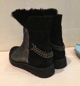 Ботинки угги женские