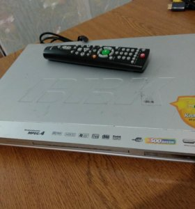 DVD плеер BBK DV414SI