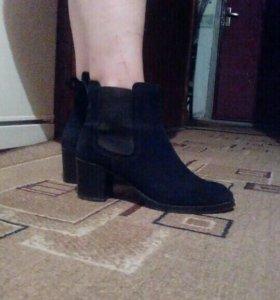Ботинки 800 р