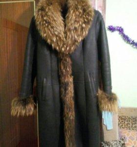 Женское пальто кожа