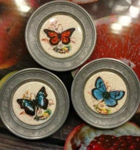 Бабочки в оловянной раме