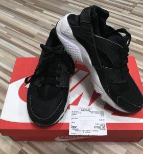 Женские оригинальные кроссовки Nike