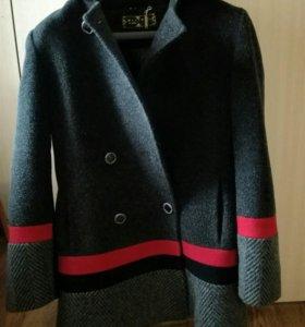 Пальто ( в составе шерсть)