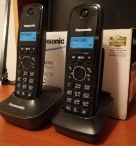 Радиотелефон Panasonic с дополнительной трубкой