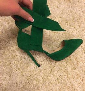 Туфли к праздникам!!!