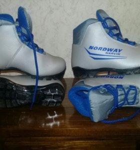 Ботинки для беговых лыж детские Nordway Narvik 34