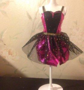 Платье для куклы Барби.