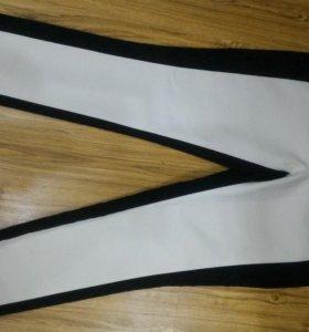 Новые женские брюки 48р, стрейч