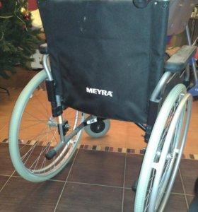 кресло инвалидное MEYRA