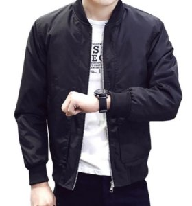 Модная молодёжная куртка-бомбер