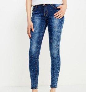 Суперские джинсы со стразами