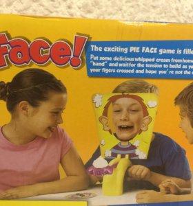 Игра «пирог в лицо»