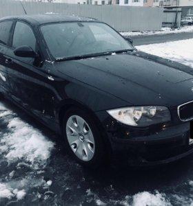 BMW 1 2008 год 1.6 АКПП