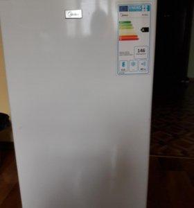 Холодильн Midea
