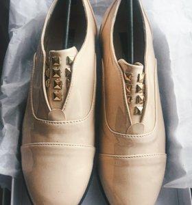 Лоферы новые,туфли 37р-р