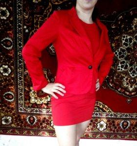 Платье и пиджак