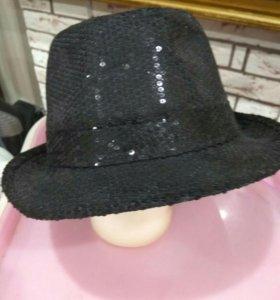 Шляпа с паетками