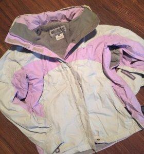Стоубордическая / горнолыжная куртка Columbia