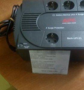 Бесперебойник APC Back-UPS 525 300Вт
