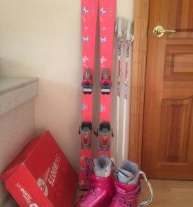 Горные лыжи и ботинки для девочки (р-р23,5)