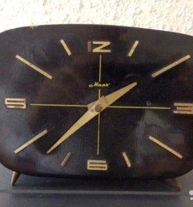 Часы маяк СССР механические 1965г