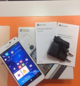 Смартфон Nokia Lumia 650
