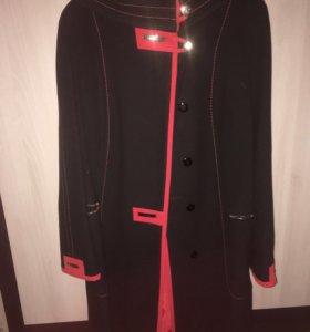 Пальто женское размер 52, рост 164