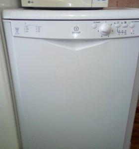 Посудомоечная машина Indesit DFG-2627