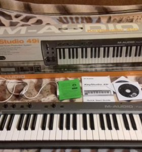 MIDI-клавиатура M-Audio KeyStudio 49i