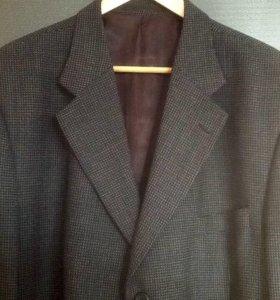 Новый фирменный шерстяной пиджак