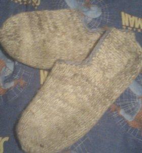 Носки и варежки ручной работы