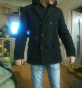 Куртка демисезонная.
