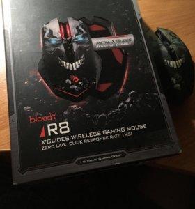 Беспроводная игровая мышь bloody R8