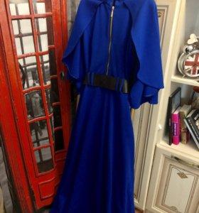 Брендовое синее длинное платье пончо. Эффектное