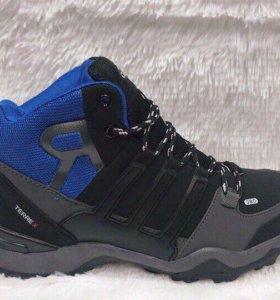 Зимние мужские кроссовки Адидас
