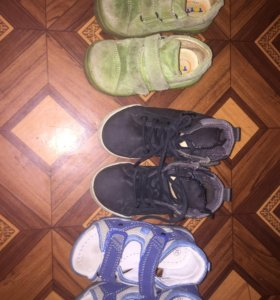 Кроссовки,ботинки,сандали