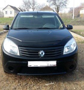 Renault SANDERO 2010г