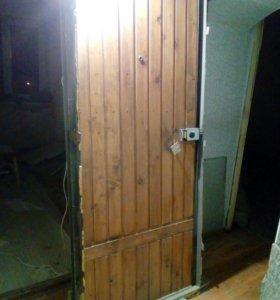 Входные железные двери б/у