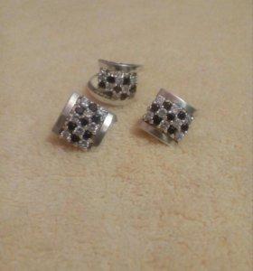Серебрянный набор серьги и кольцо с фианитами 925
