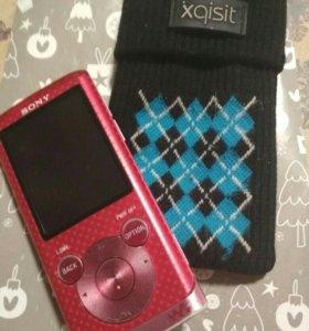 MP3-плеер Sony Walkman NWZ-E454 8GB Red