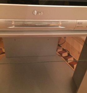 Телевизор LG и подставка