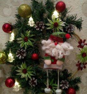 Рождественский венок, украшение на дверь.