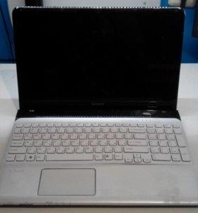 Ноутбук Sony (B970/4GD/500HDD) в разбор.