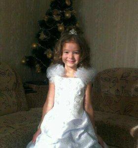 Платье для девочки нарядное можно на прокат