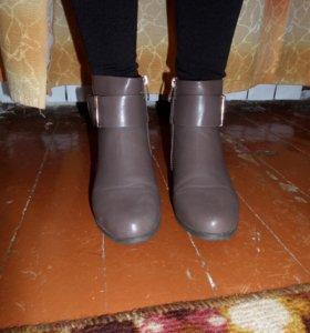 ботинки демисезонные, женские.