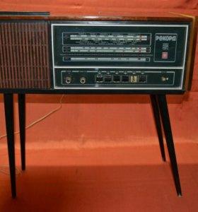 "Радиола ламповая ""Рекорд-314"" 1976"