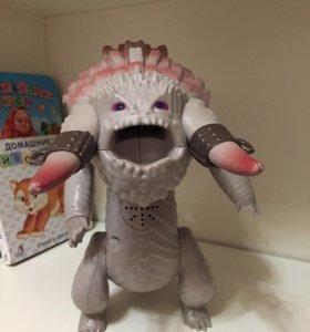 Большой ледяной дракон (Bewilderbeast)