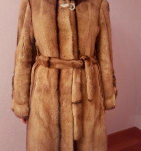 Шуба норковая бежево-коричневая, размер 46-48